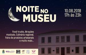 noite no museu