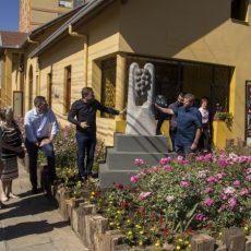 Monumento da Casa do Artesão e do Artista Plástico é inaugurado